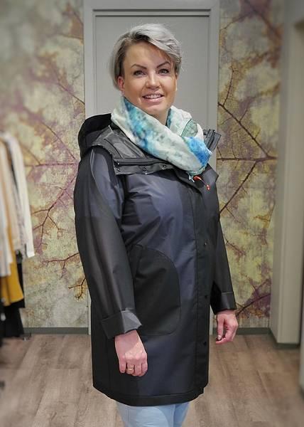 Bilde av SWIMS - W Basel Raincoat Navy
